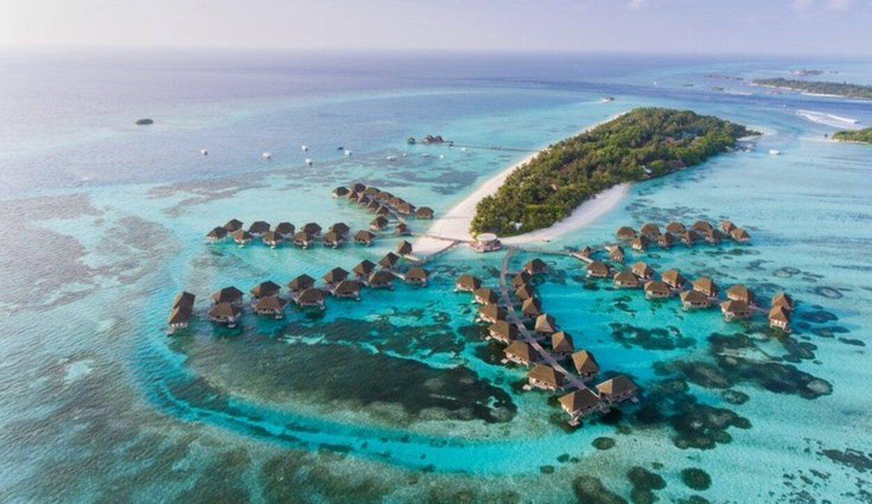 La ubicación solo permite el traslado a las islas a través del aire o mar