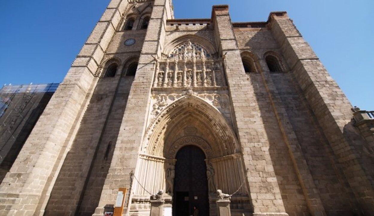 La Catedral de Ávila es de estilo gótico