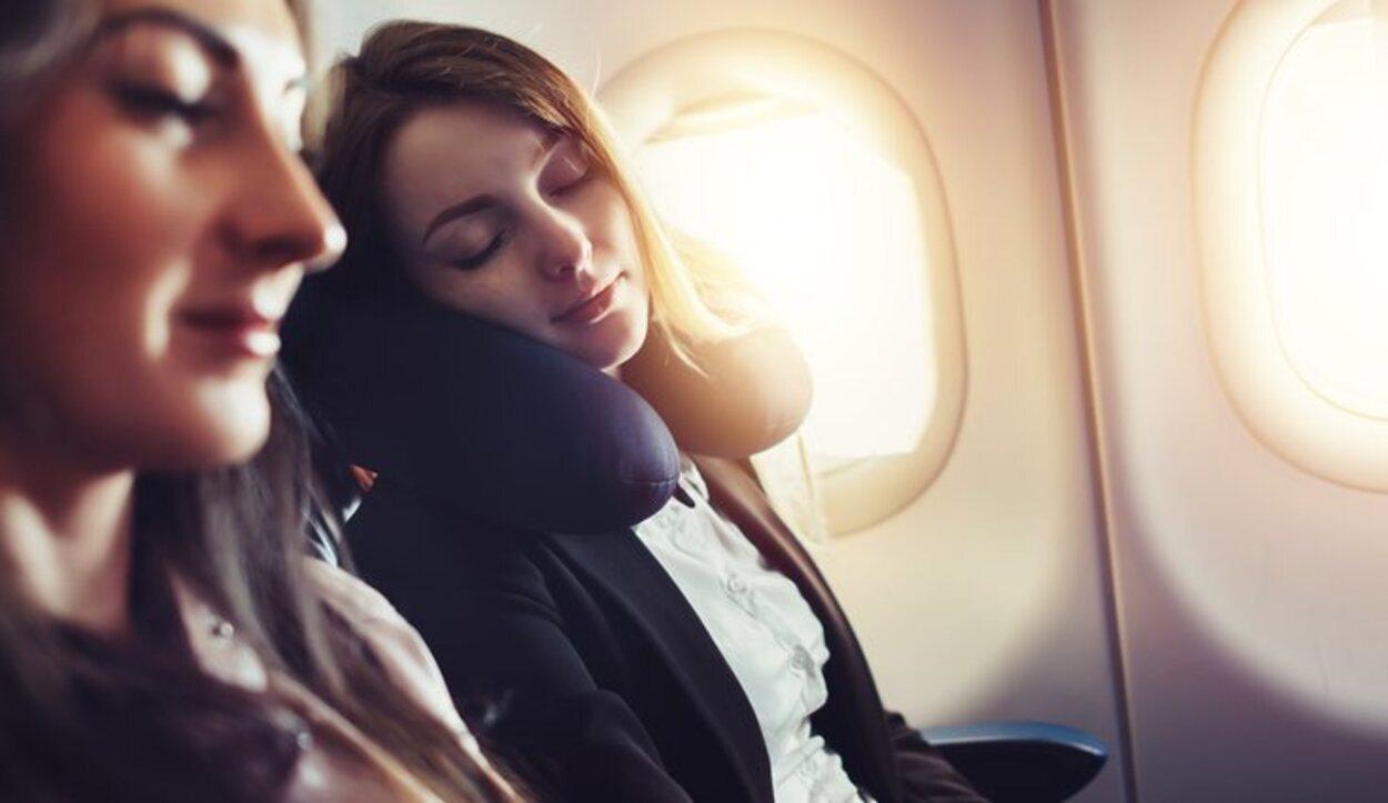 La técnica más recurrida por las personas con miedo a volar es dormir