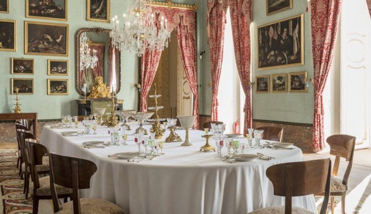 Sala del Servicio de Comedor que tanto Francisco de Asís de Borbón como Alfonso XII utilizaron | Foto: patrimonionacional.es