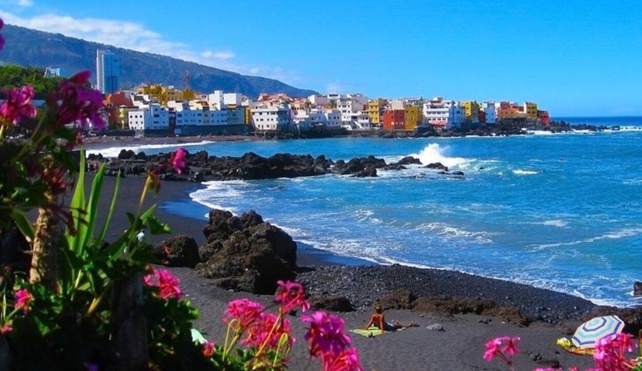 Tenerife es una de las islas preferidas para los turistas por su buen tiempo y por las playas