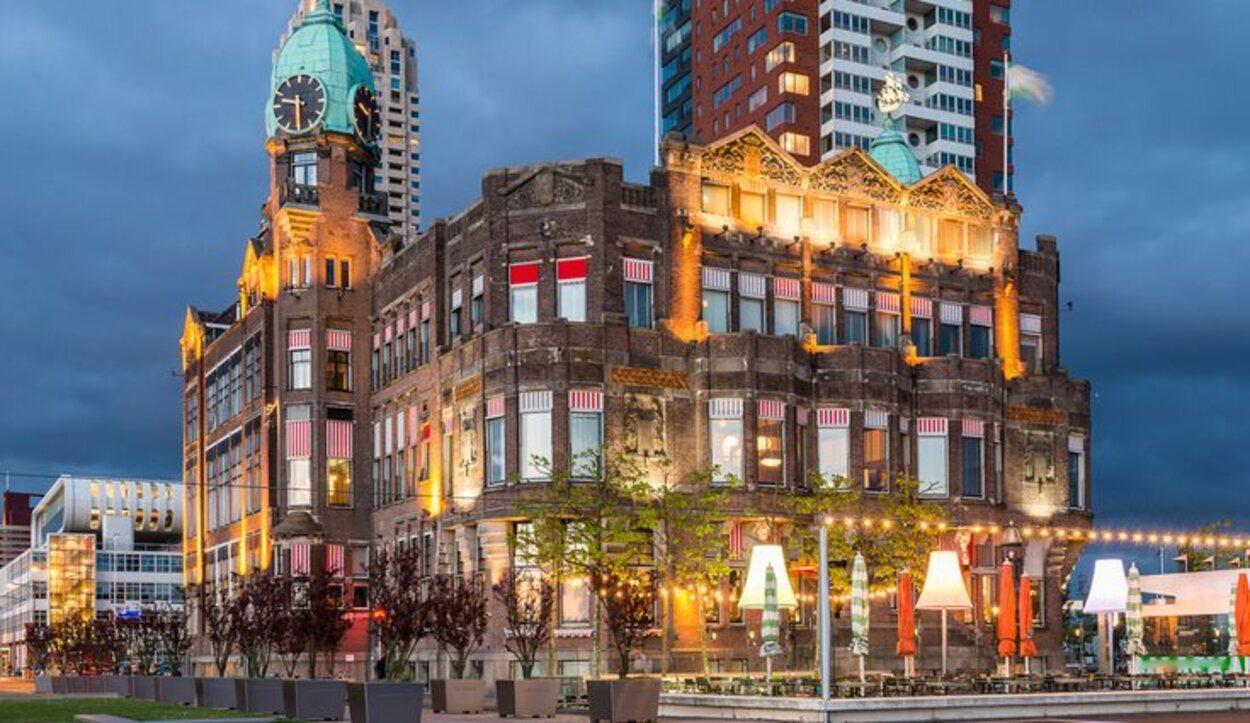 El Hotel Nueva York es uno de los más importantes y carismáticos de la ciudad