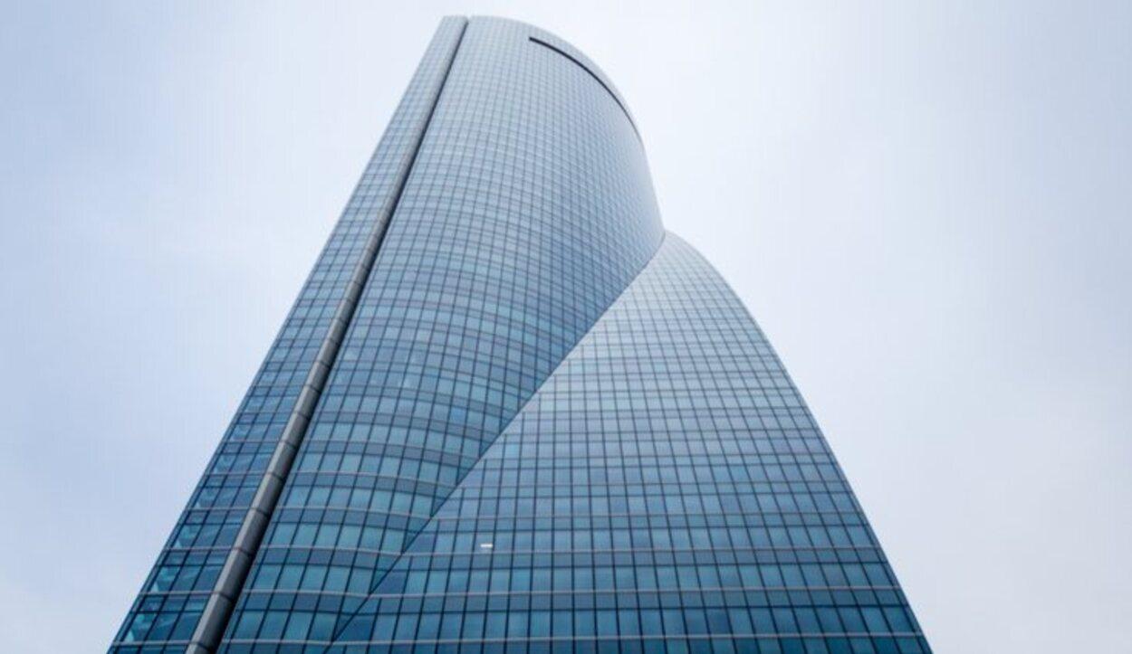 La torre Espacio ha originado documentales por su interés arquitectónico