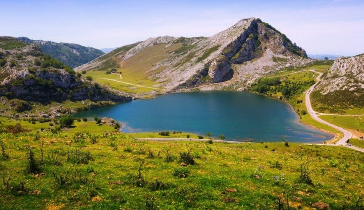 Uno de los lagos de Covadonga
