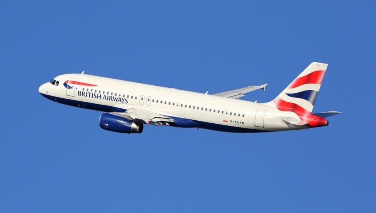 La compañía aérea inglesa British Airways es una de las más importantes del mundo