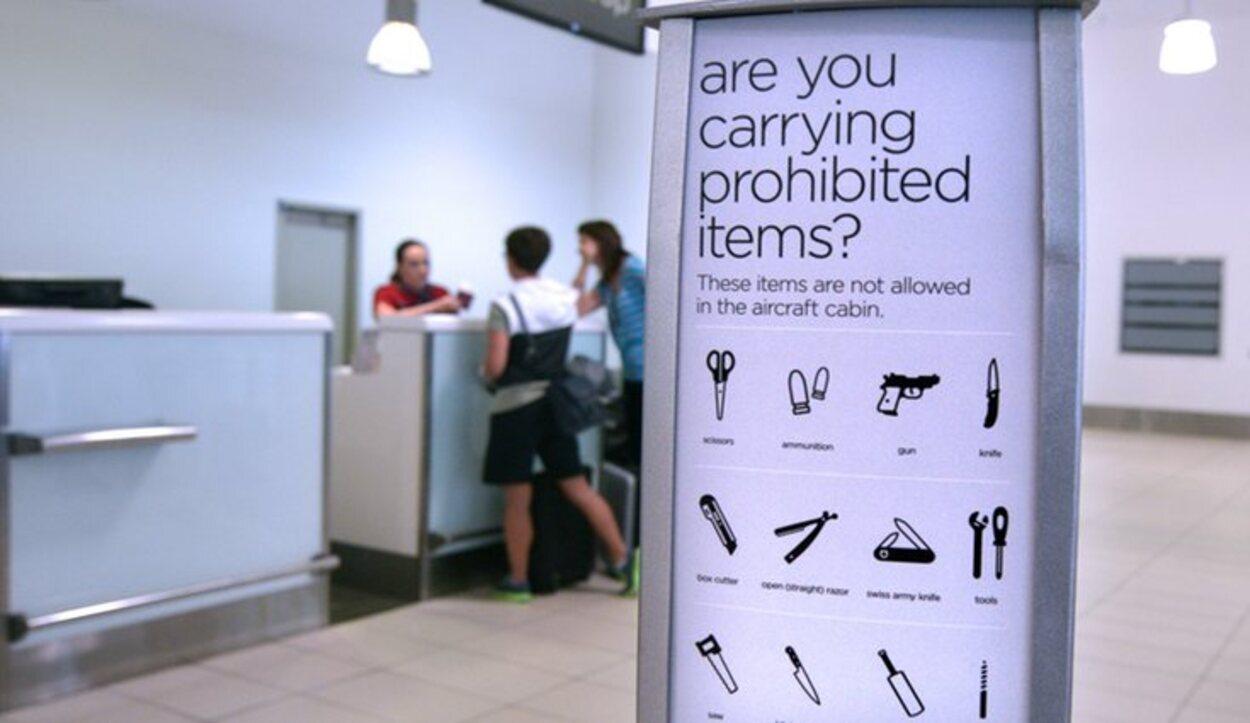 Exite una lista completa de objetos prohibidos para poder viajar en avión