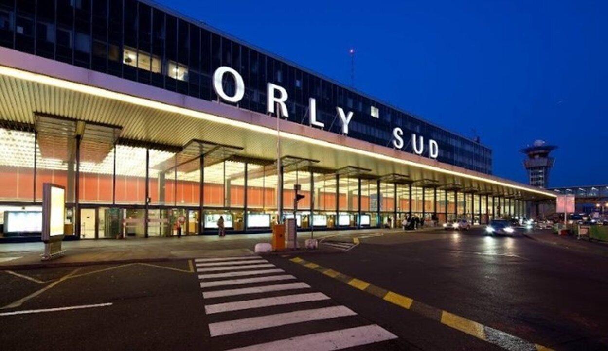 Desde el Aeropuerto de París-Orly salen líneas de tren y autobús | Foto: Aeropuerto.info