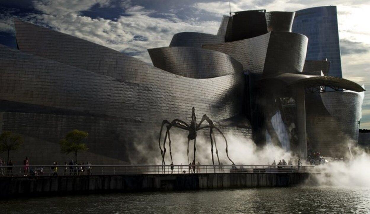 El museo Guggenheim demuestra la modernización de Bilbao