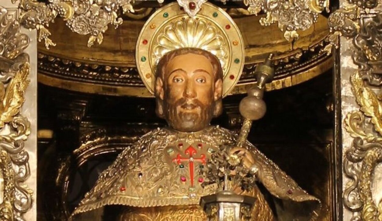 Escultura del Apóstol Santiago | Foto: Catedraldesantiago.es