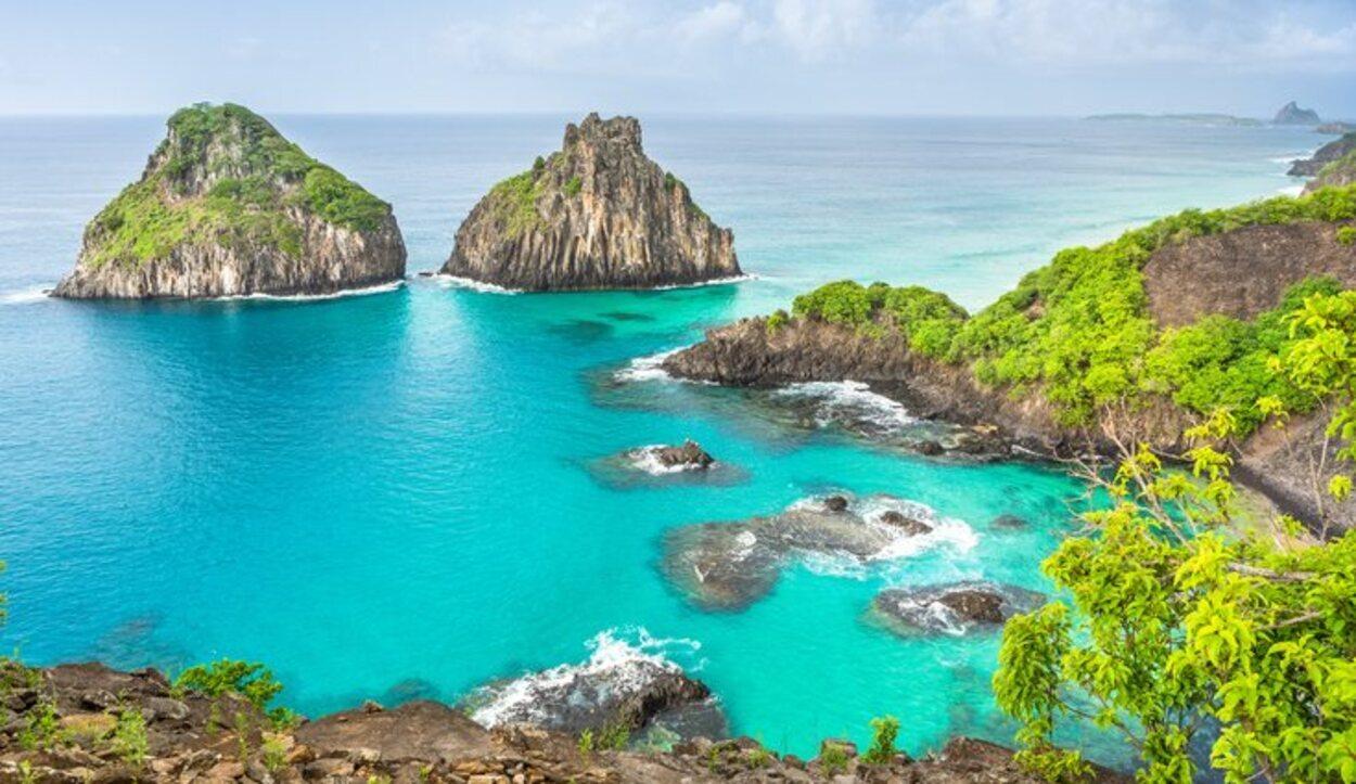 En la Baia do Sancho se puede practicar snorkel y disfrutar de la fauna marina