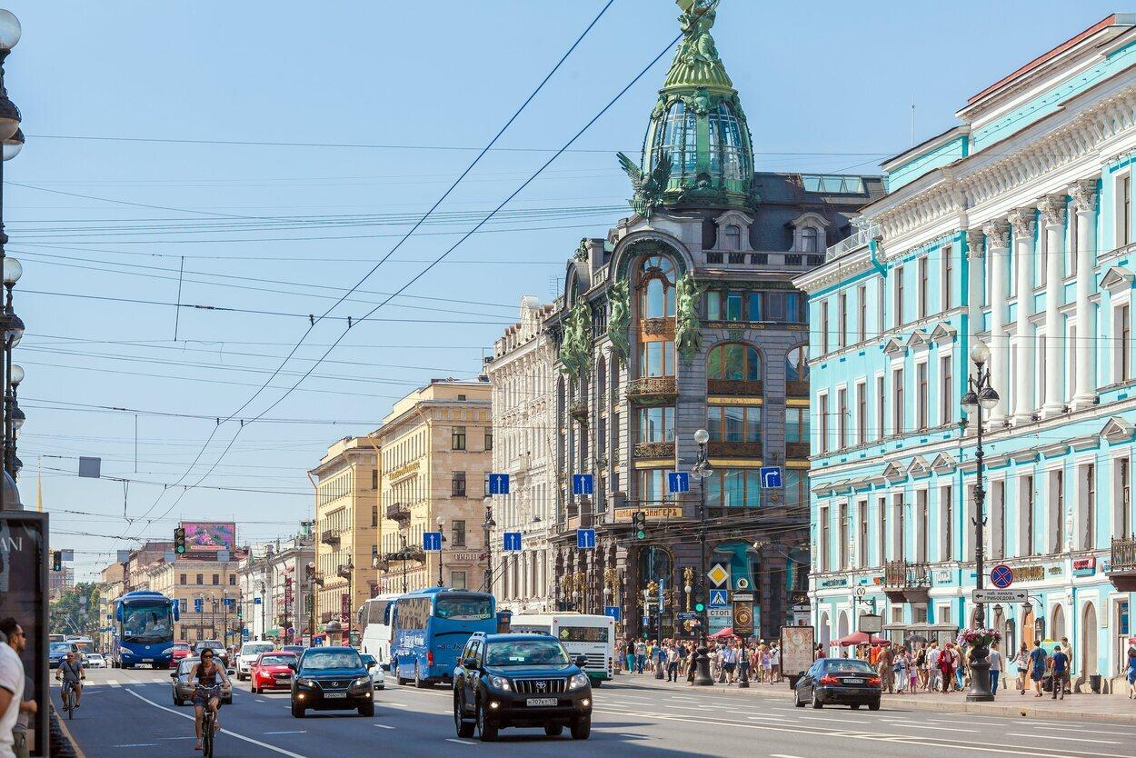 La avenida Nevski es una de las más concurridas