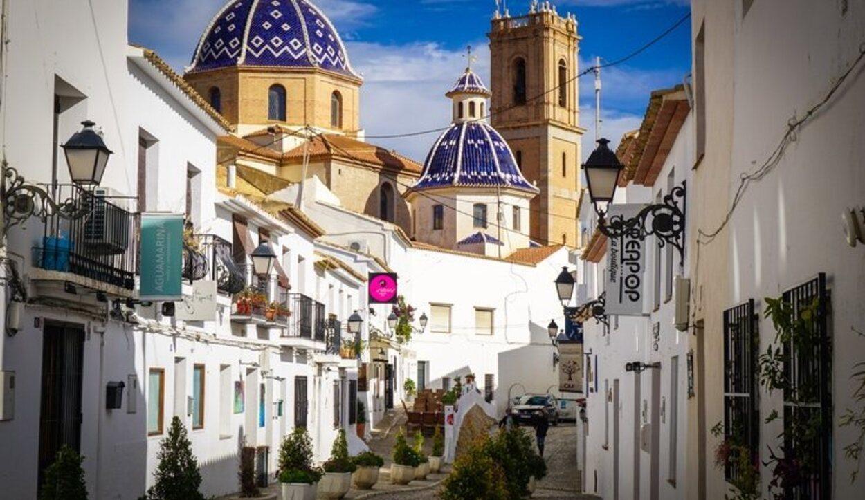 El casco antiguo de Altea te enamorará con sus estrechas calles y sus vistas