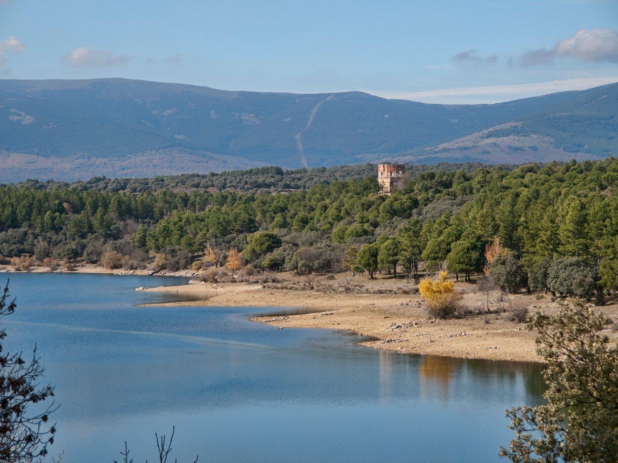 Madrid cuenta con algunos de los pueblos más bonitos de España y en poco tiempo