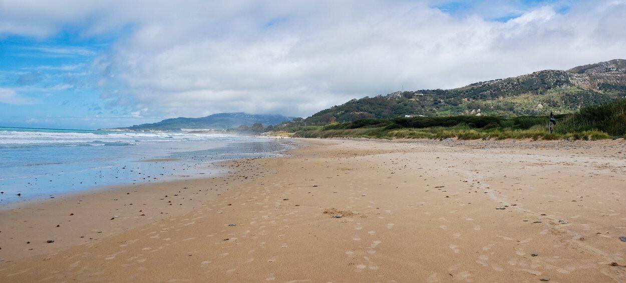La playa de los Lances es la mejor elección para surfear