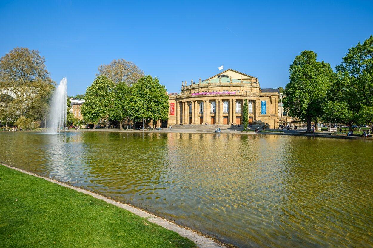 La Ópera de Stuttgart fue una de las pocas que se salvaron de la destrucción en la II Guerra Mundial en Alemania