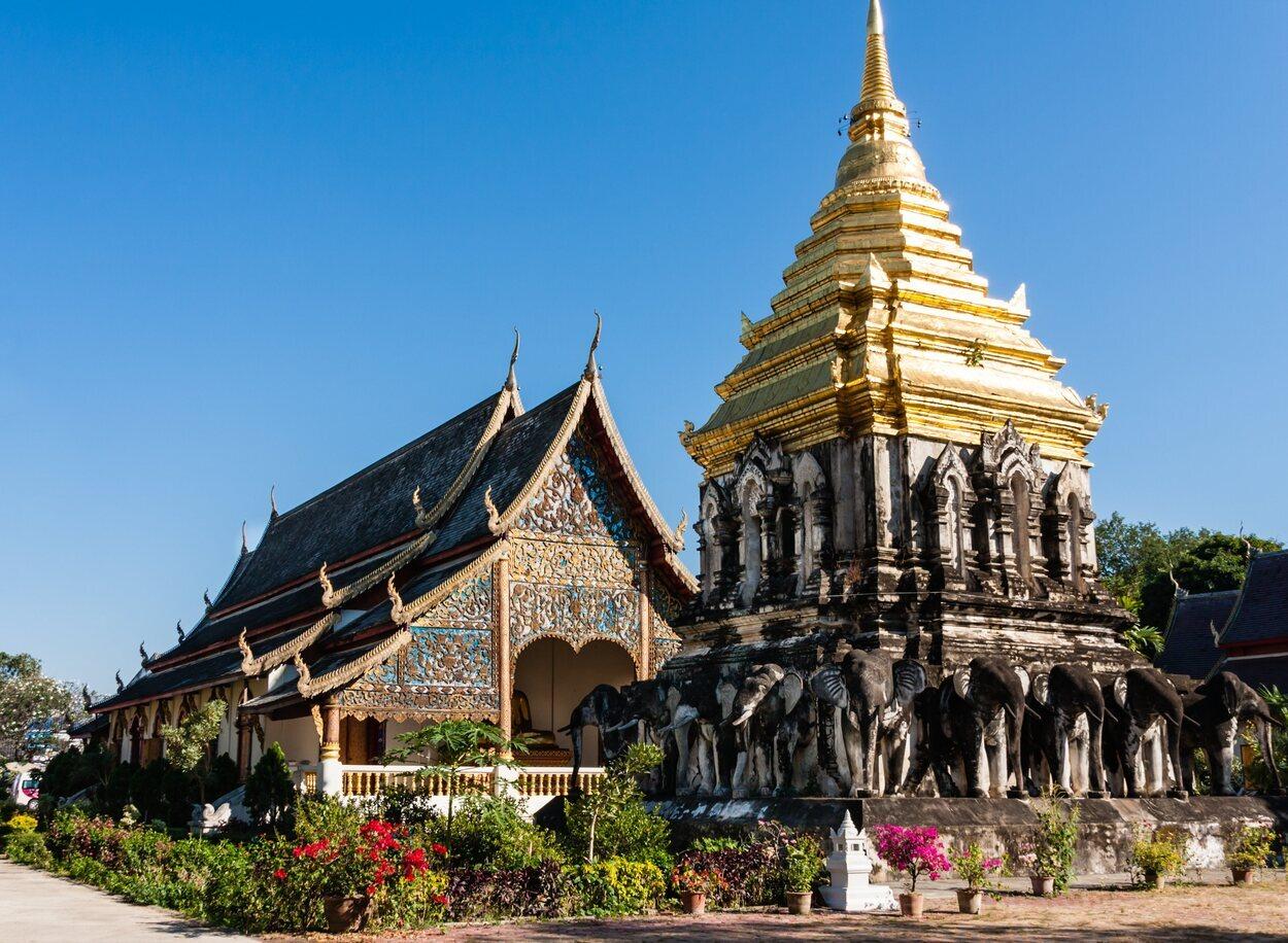Wat Chiang Man es el templo más antiguo de la ciudad