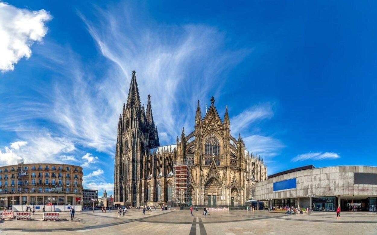 La Catedral es el principal monumento de la ciudad, y fue construida en 600 años