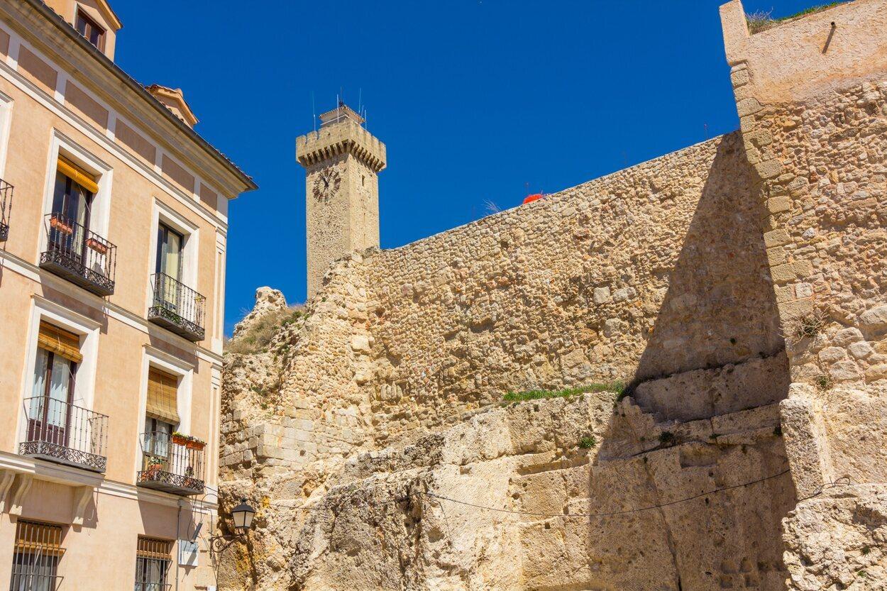 La Torre Magna uno de los sitios de interés turístico de Cuenca