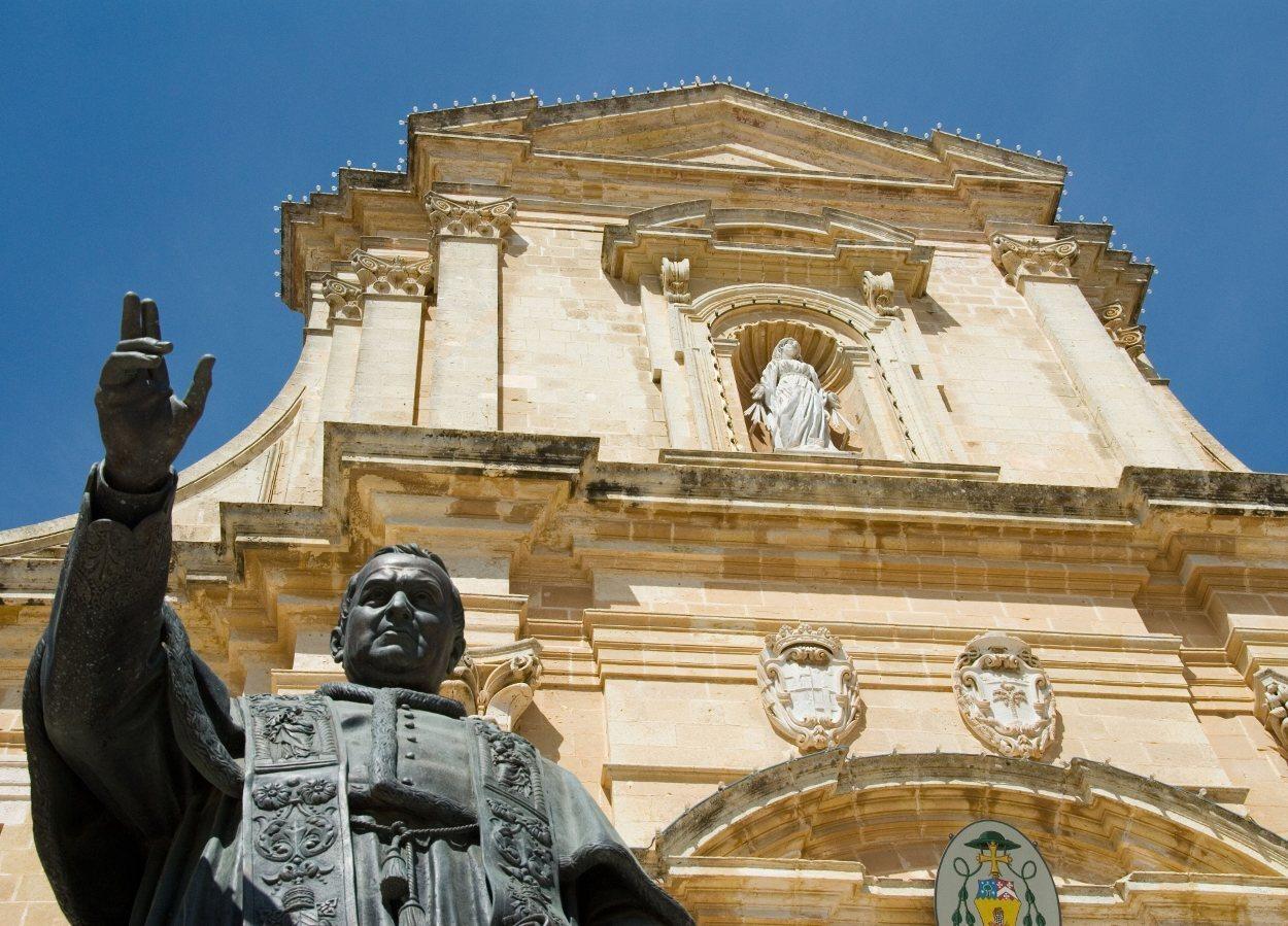 Detalle de la fachada de la Catedral de Gozo