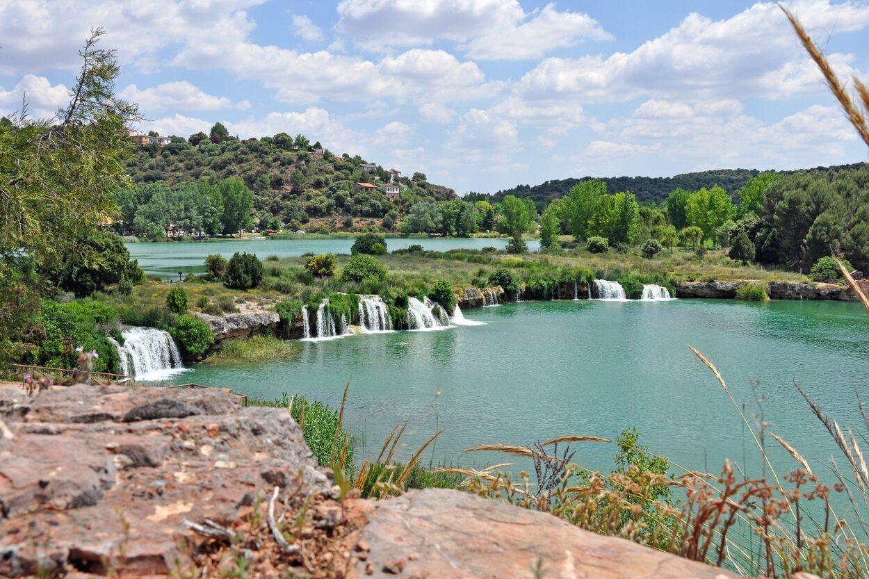 Cascadas, chorros y arroyos forman parte de este parque natural