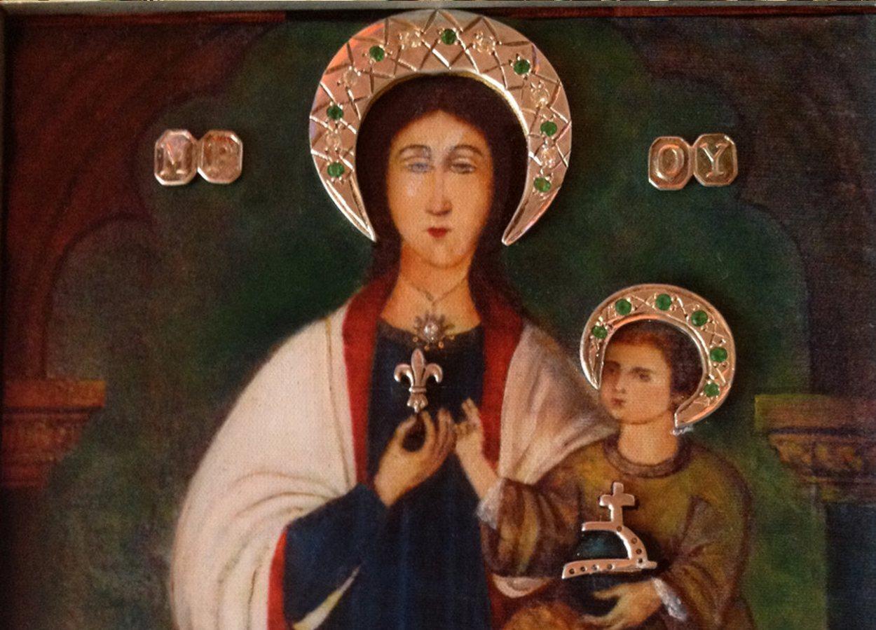 La Virgen de la Flor de Lis ocupa una de las capillas de la Cripta de la Almudena