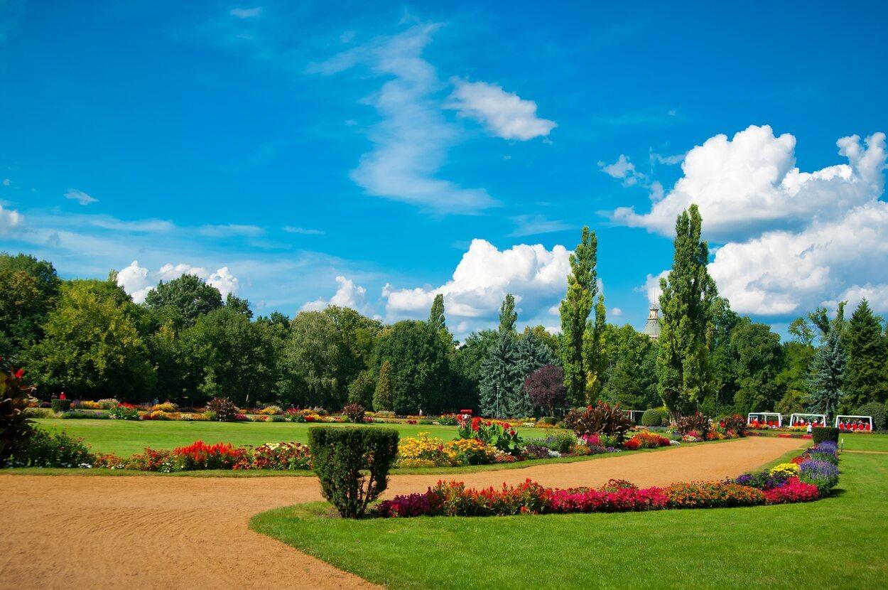 La mejor época es privamera para disfrutar de sus parques en todo su esplendor