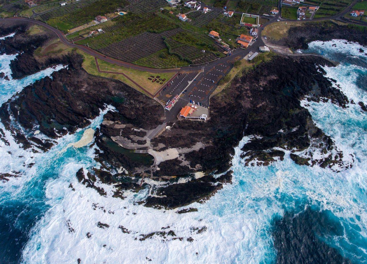 Las costas de Azores están repletas de piscinas naturales