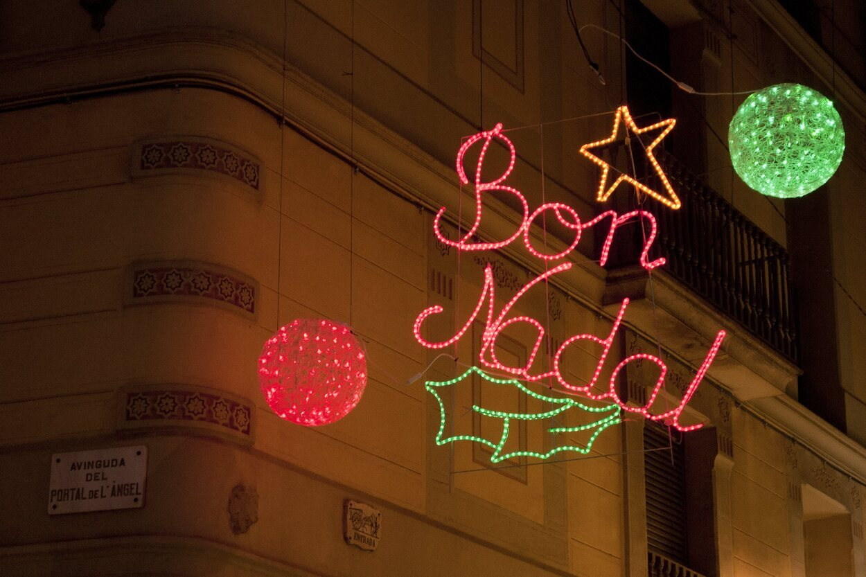 Barcelona es una ciudad en la que encontrar adornos de todo tipo