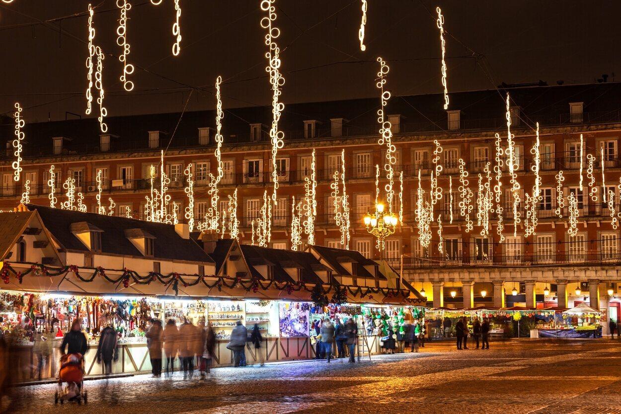 Madrid está repleta de puestos navideños durante las fiestas