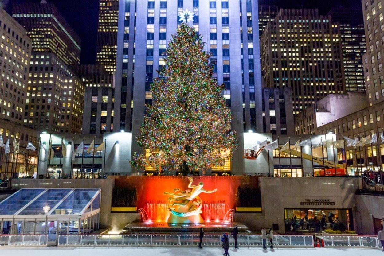 No te puedes perder patinar en el Rockefeller Center en tu visita a Nueva York