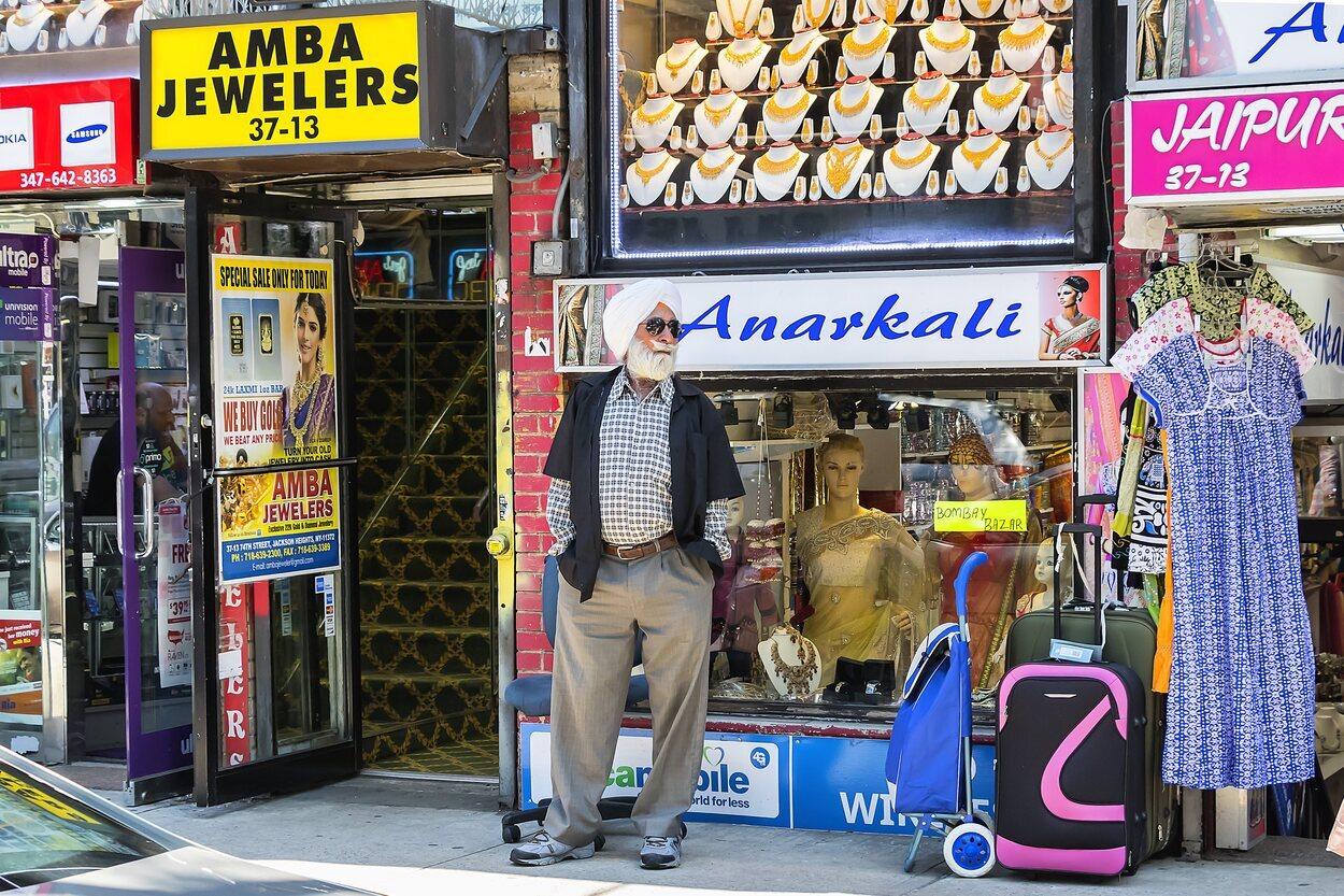 En Jackson Heights conviven todo tipo de culturas en sus calles