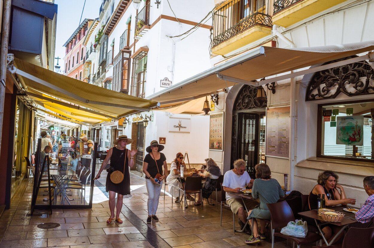 Las tapas son uno de los principales atractivos de la ciudad de Granada