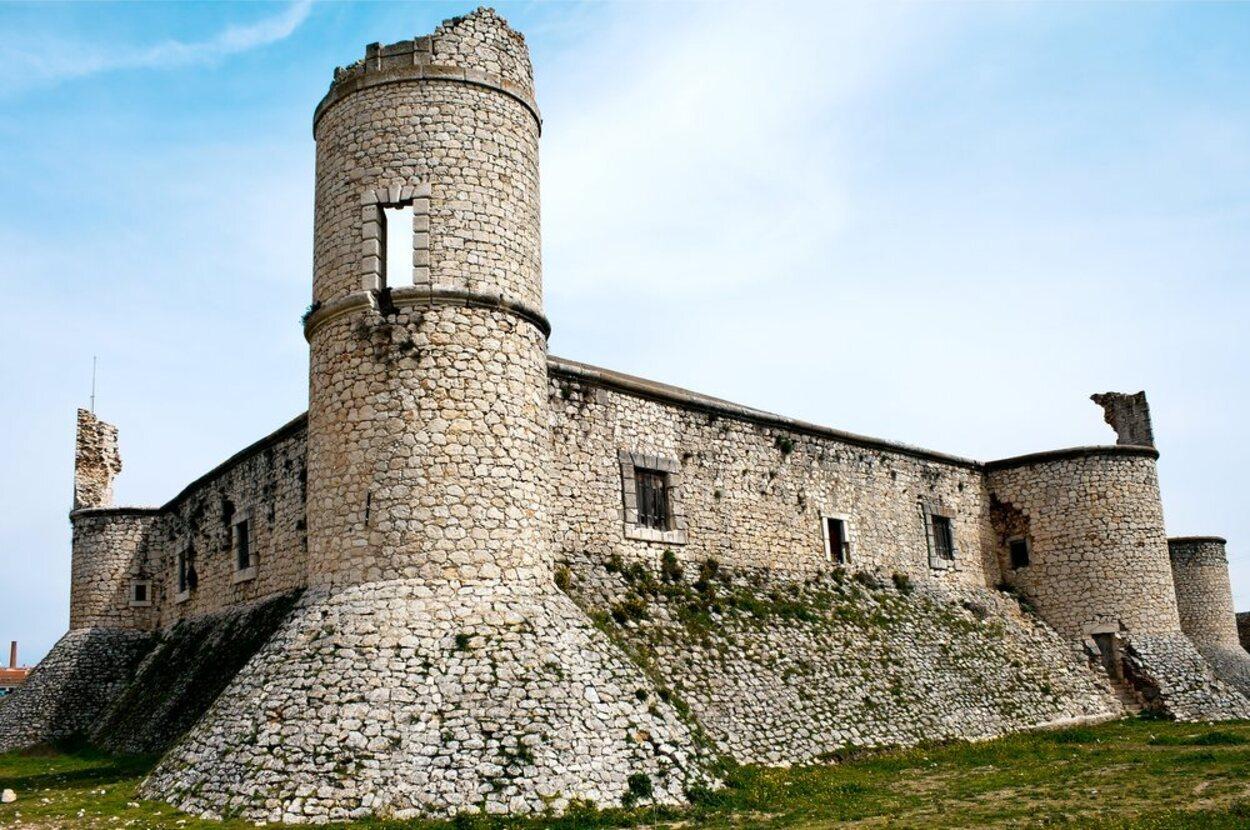 La visita interior al Castillo de Chinchón no está permitida