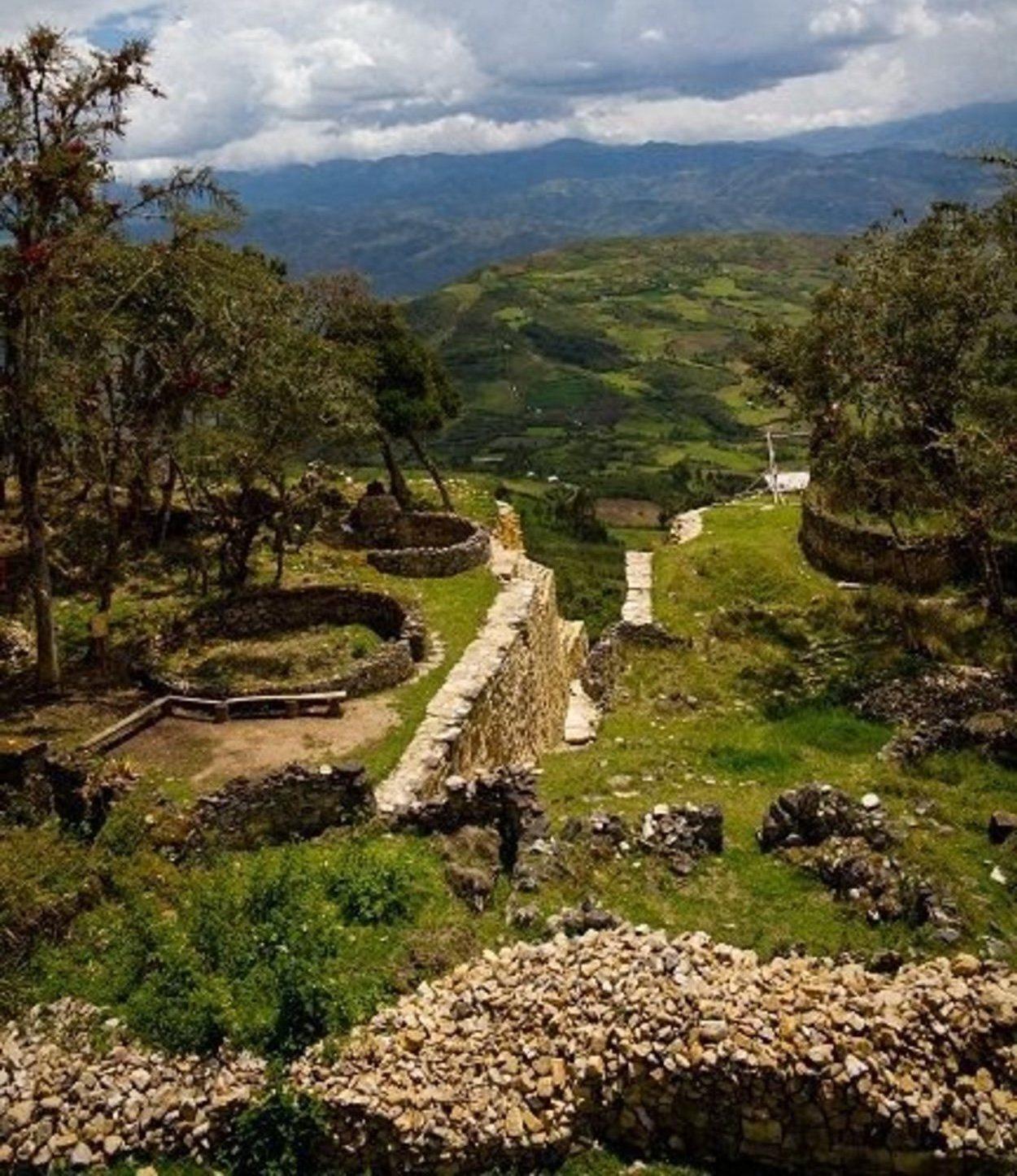 Vista del complejo Arqueológico de Kuélap