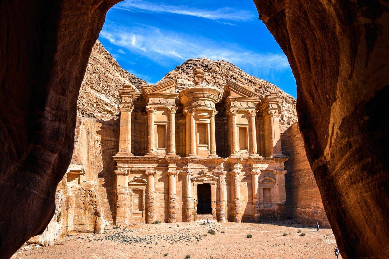 Petra es uno de los grandes atractivos de Oriente Medio