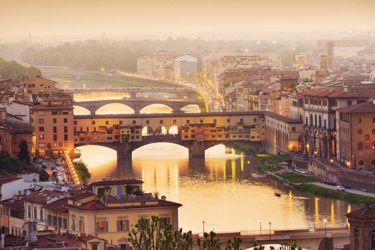 Compartir un taxi en Florencia con un grupo puede salirte rentable para llegar al centro