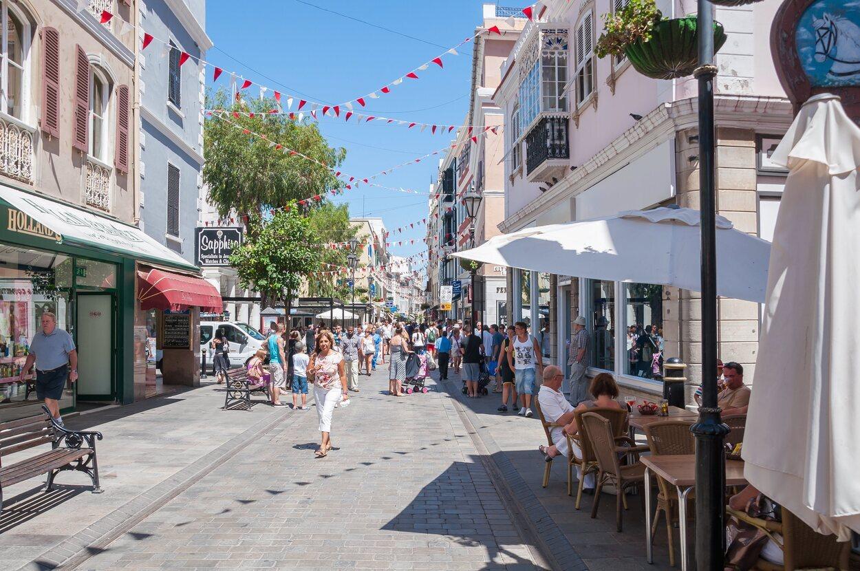 Main Street, la calle principal e Gibraltar