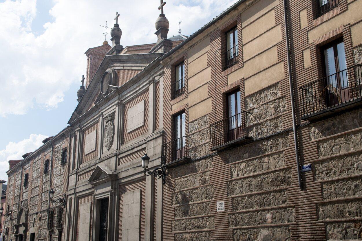 El Monasterio de las Descalzas Reales está situado a pocos metros de la Puerta del Sol